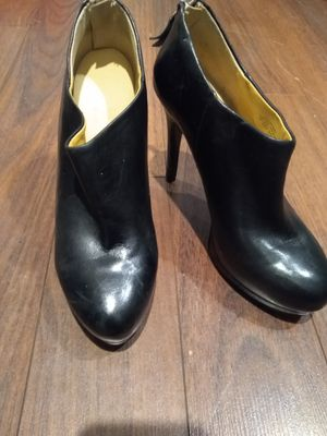 Nine West real leather booties for Sale in Sedro-Woolley, WA
