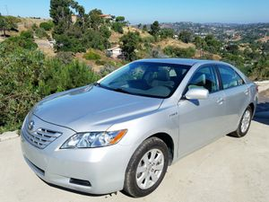 Toyota Camry HYBRID Salvage Title GREAT MPG Must SEE! for Sale in Spring Valley, CA