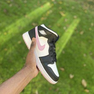 Jordan 1 Mids Arctic Pink for Sale in Atlanta, GA