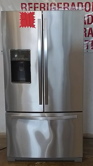 REFRIGERADOR WHIRLPOOL STAINLESS FRENCH DOOR. for Sale in Grand Prairie, TX