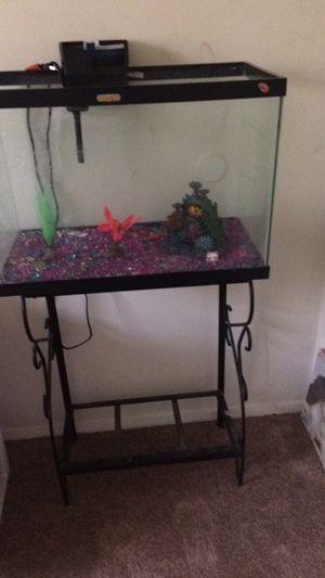 Fish tank for Sale in Pasadena, MD