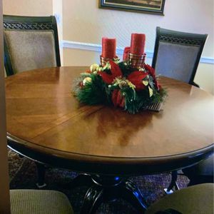 Dining Room Set for Sale in Old Bridge Township, NJ