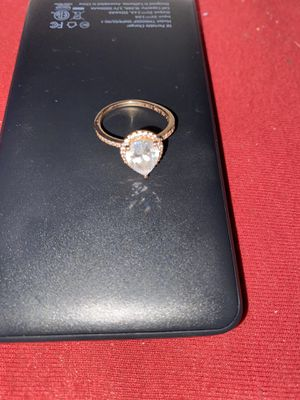 Pandora Teardrop ring for Sale in Indian Orchard, MA