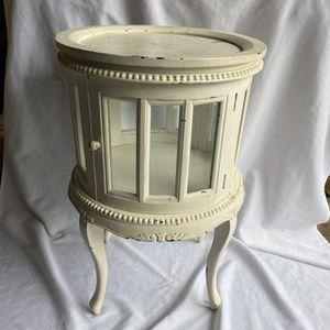 Farmhouse Distressed Wood Tea/Side Table for Sale in Lynnwood, WA