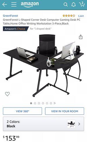 L shaped computer desk for Sale in Dale City, VA