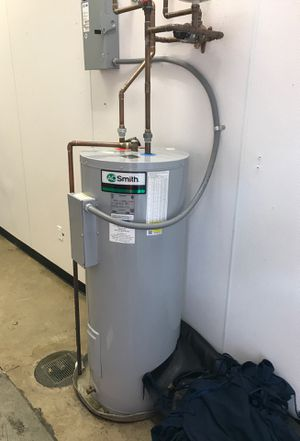 Cheap water heater for Sale in Bellevue, TN