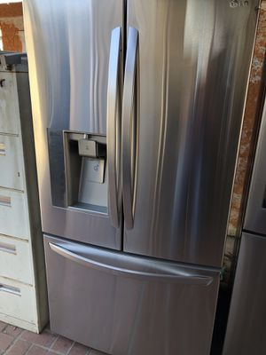 LG amazing condition works perfect extremely clean for Sale in South Gate, CA