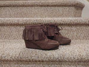 New Women's Size 8.5 Moccasin Shoes w/Zipper for Sale in Woodbridge, VA