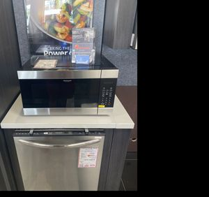 Frigidaire stainless steel microwave #927 for Sale in South Farmingdale, NY