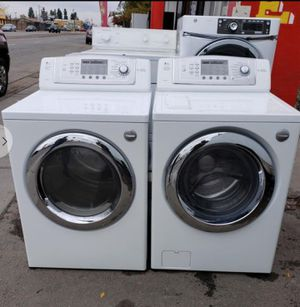 Lg Front Load Washer & Dryer for Sale in Bakersfield, CA
