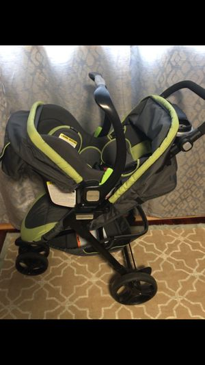 Car seat and stroller for Sale in Norridge, IL