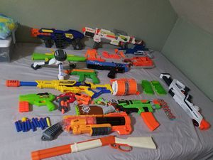 Assorted nerf guns. Like new for Sale in North Providence, RI