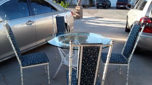 Antique dining table for Sale in Lake Elsinore, CA