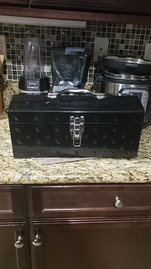 Black tool box for Sale in Victorville, CA