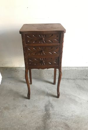 Free small side table with drawers for Sale in Denver, CO