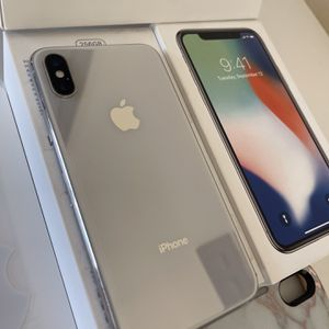 📲 256GB IPHONE X UNLOCKED WORKS WITH ANY CELLPHONE COMPANY FEEL FREE TO MEET IN CELLPHONE STORE AND VERIFY EVERYTHING WORKS💯%✅ for Sale in Poway, CA