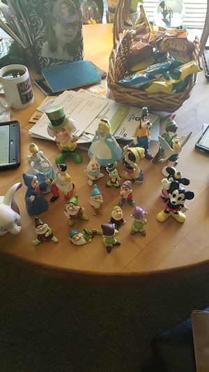 Disney World Figurines for Sale in Sheffield Lake, OH