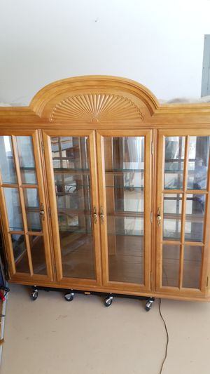 FREE China cabinet top for Sale in GRANT VLKRIA, FL