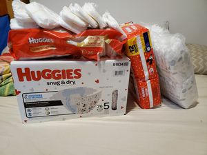 Huggies daipers for Sale in Chicago, IL