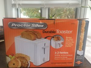 New in box Proctor Silex 2 slice durable toaster for Sale in New York, NY
