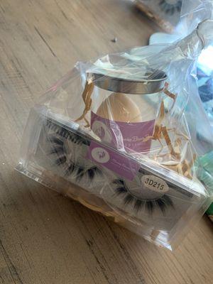 Lash strip gift bag for Sale in Bakersfield, CA