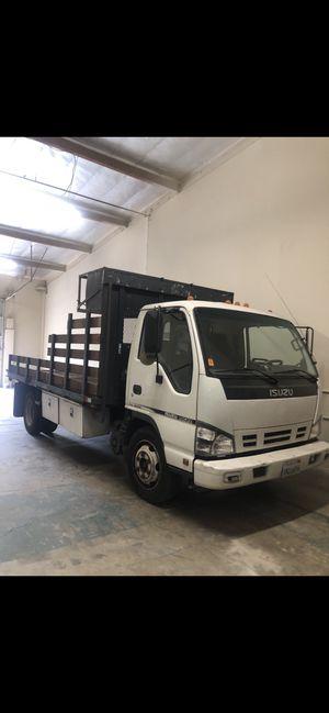 2007 Isuzu NQR Flatbed Truck 14 FT for Sale in Anaheim, CA