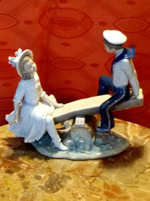 GORGEOUS LLADRO FINE PORCELAIN FIGURINES ALL HAND CRAFTED IN FRANCE PARIS for Sale in Los Angeles, CA