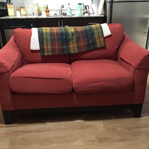 Beatiful Red Loveseat for Sale in Portland, OR
