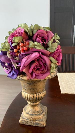 Romantic flower vases with fake flowers multi-colored for Sale in Irvine, CA