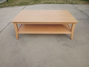Sturdy Coffee Table for Sale in Brentwood, NC