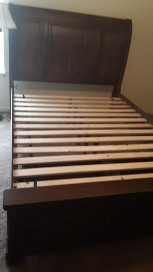 Queen size bed frame w/o mattress for Sale in Bristol, TN