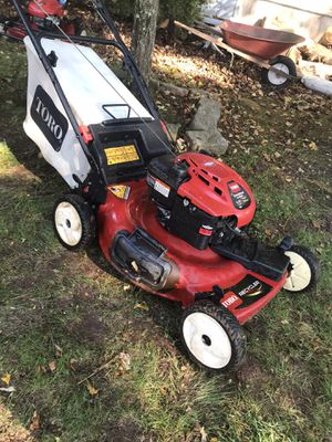 Toro with bagger for Sale in Newington, CT