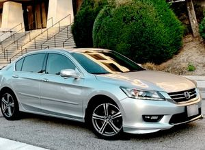 Very.Good 2013 Honda Accord FWDWheelss/Amazing for Sale in Las Vegas, NV