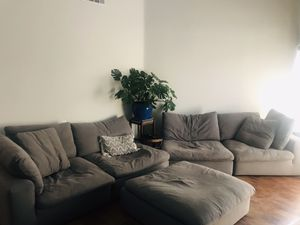 Modular 5 piece Sectional *Proteccion plan included for Sale in Costa Mesa, CA