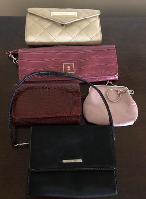Purse/3 Wallets/1 Change Purse in Bulk for Sale in Alexandria, VA