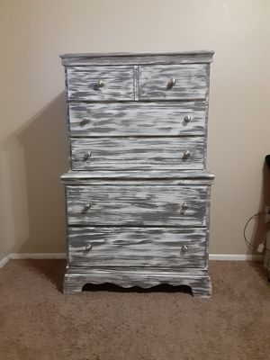 Dresser for Sale in Chandler, AZ