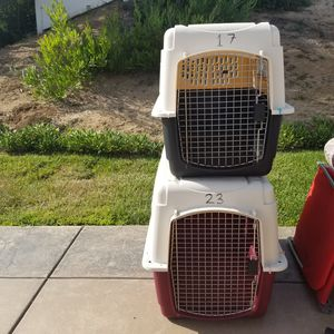 Dog kennels medium and large size for Sale in Vista, CA