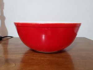 Red large bowl pyrex for Sale in Lathrop, CA