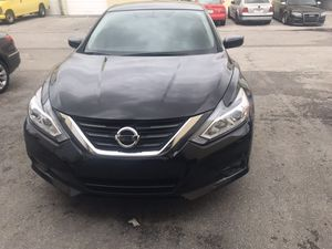 Nissan altima SR financing available no credit check for Sale in Miami, FL