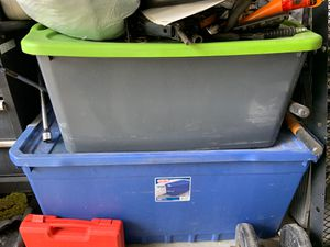 Plastic container for Sale in Katy, TX
