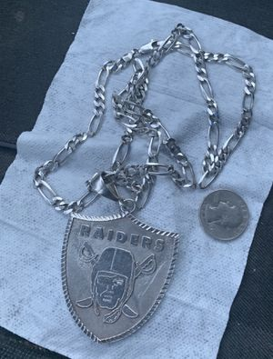 """Large 925 sterling silver raiders pendant and 925 sterling silver 30"""" necklace for Sale in Chandler, AZ"""