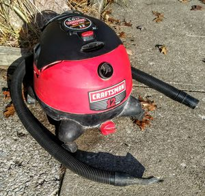 Craftsman wet and dry 12 gallon 5 horsepower shop vac. for Sale in Seven Hills, OH