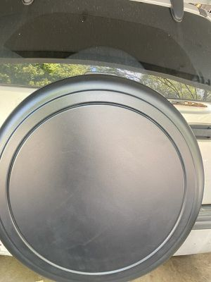 Jeep Liberty Wheel Cover for Sale in Bolingbrook, IL
