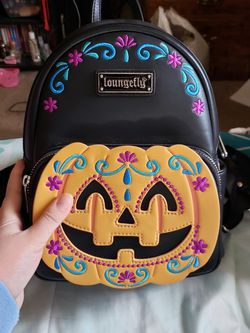 Black Pumpkin Loungefly Backpack for Sale in Fresno,  CA
