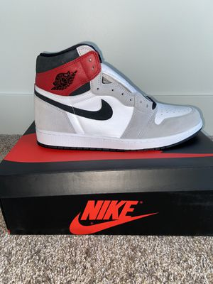 JORDAN 1 RETRO HIGH SMOKE GREY for Sale in Columbus, OH