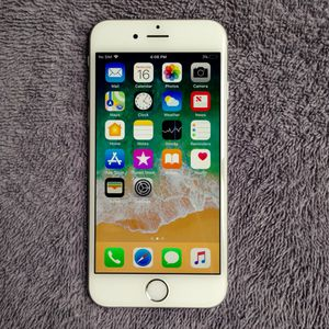 Apple IPhone 6 16GB Factory Unlocked Like New for Sale in Fairfax, VA