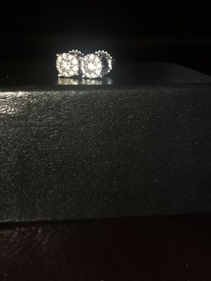 Diamond earrings for Sale in Mableton, GA