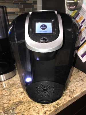 Keurig coffee machine with pod holder stand for Sale in Pompano Beach, FL