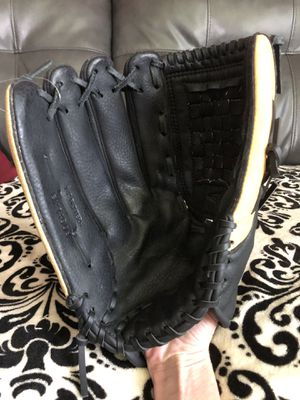 "Easton Black Magic 14"" LHT softball glove for Sale in Falls Church, VA"