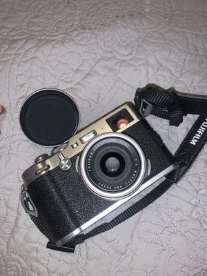 Fuji x100f point and shoot camera for Sale in Phoenix, AZ